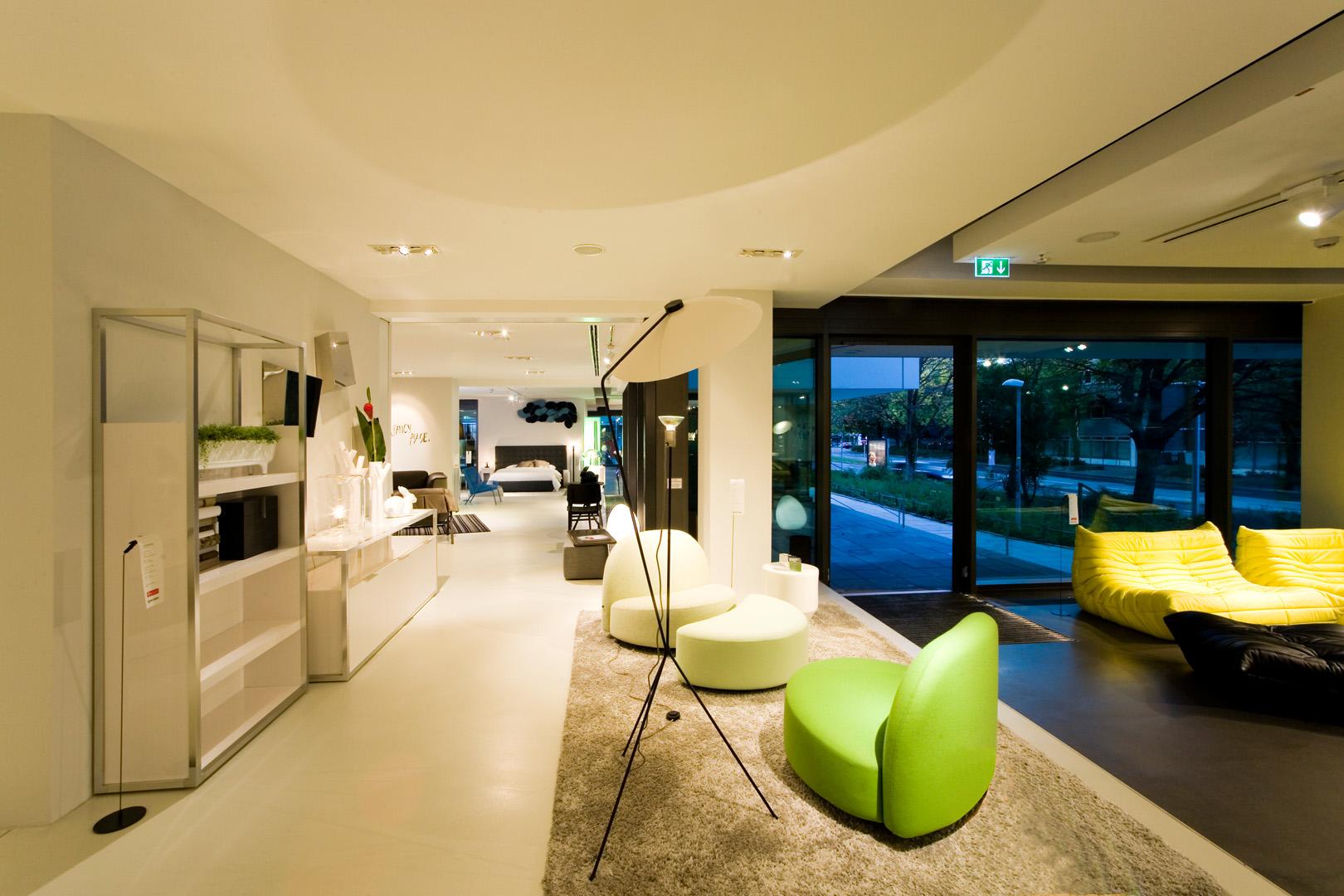 ligne roset viva messe und ausstellungsbau gmbh. Black Bedroom Furniture Sets. Home Design Ideas